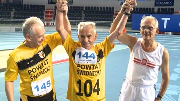 Mw 104 year old runner breaks record 121414 lead media image 1
